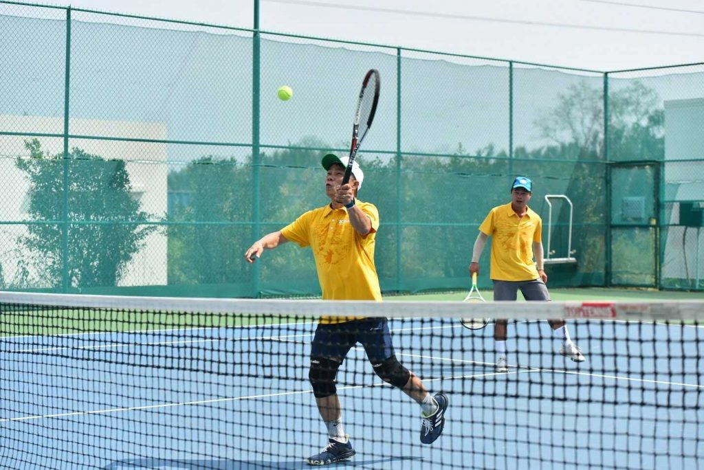 gia dau tennis 2cs 4 optimized
